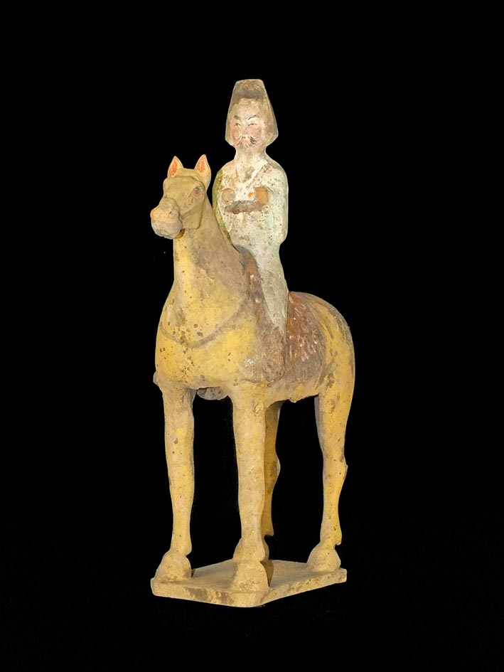 Tang Dynasty Pottery Equestrian Figure m