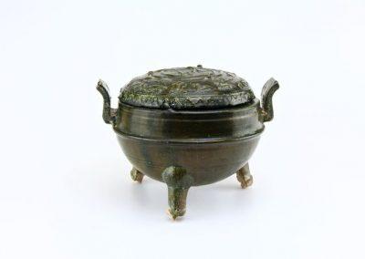 Green Glazed Tripod Vessel (7)
