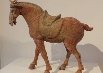 Painted Grey Pottery Saddle Horse (7)