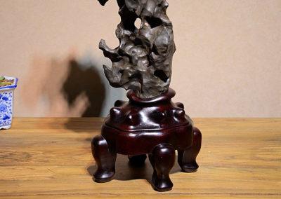 Fine Large Taihu Scholars Rock (4)