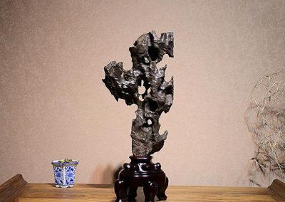 Fine Large Taihu Scholars Rock (5)