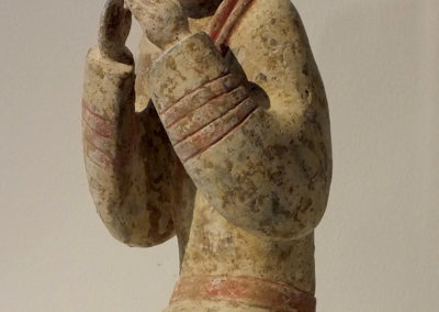 Extremely Rare Pottery Kneeling Entertainer (3)