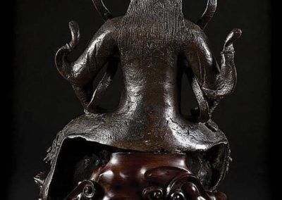 Large Black Lacquered Bronze Figure Guandi (2)