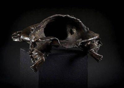 Large Black Lacquered Bronze Figure Guandi (4)