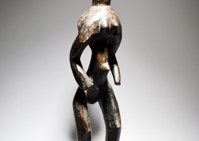 A-Mumuye-standing-female-figure