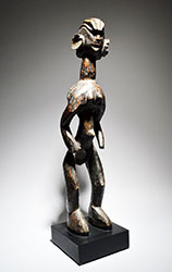 A Mumuye standing female figure