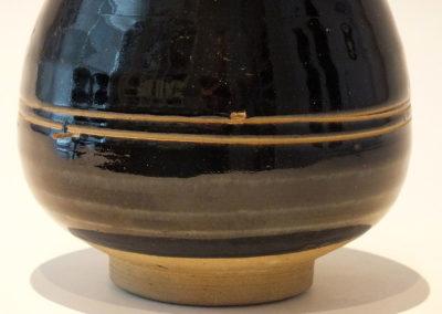 Brown-Glazed Pear Shaped Bottle Vase (12)