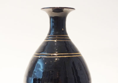 Brown-Glazed Pear Shaped Bottle Vase (8)