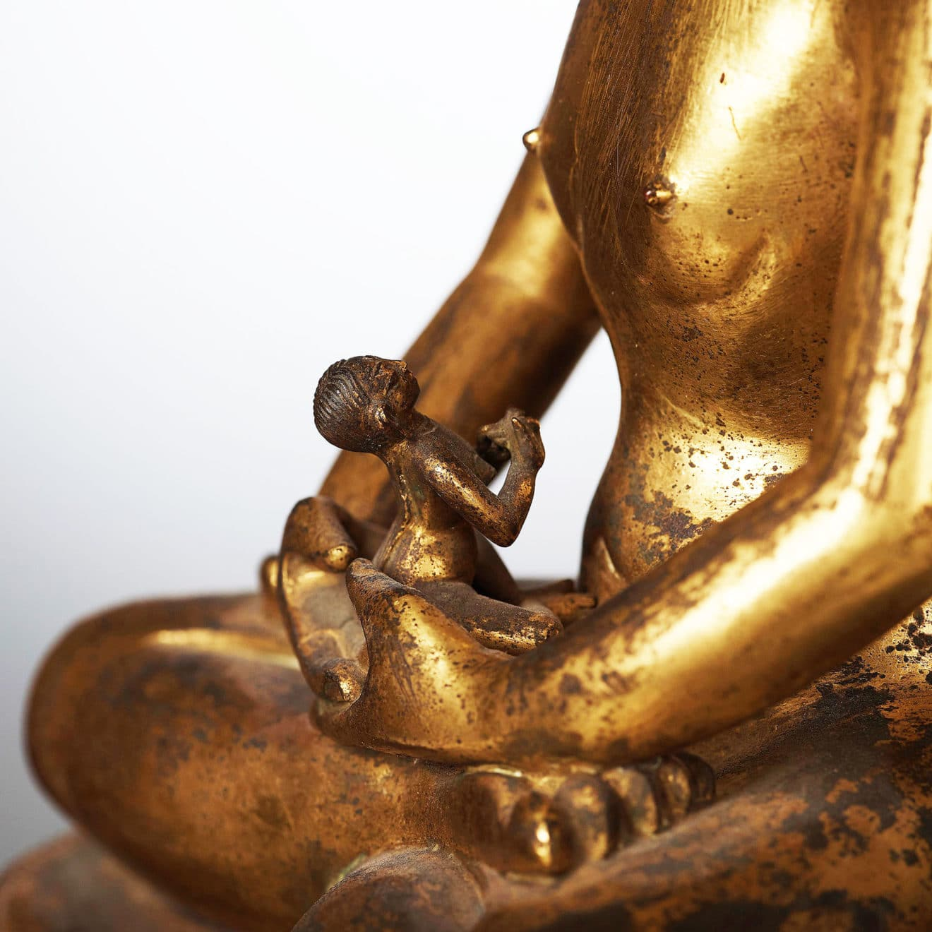 Monumental Gilt Bronze Buddha (15)